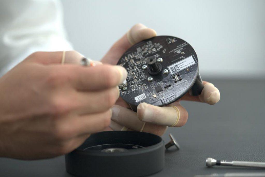 Apk cylinder watch winder making